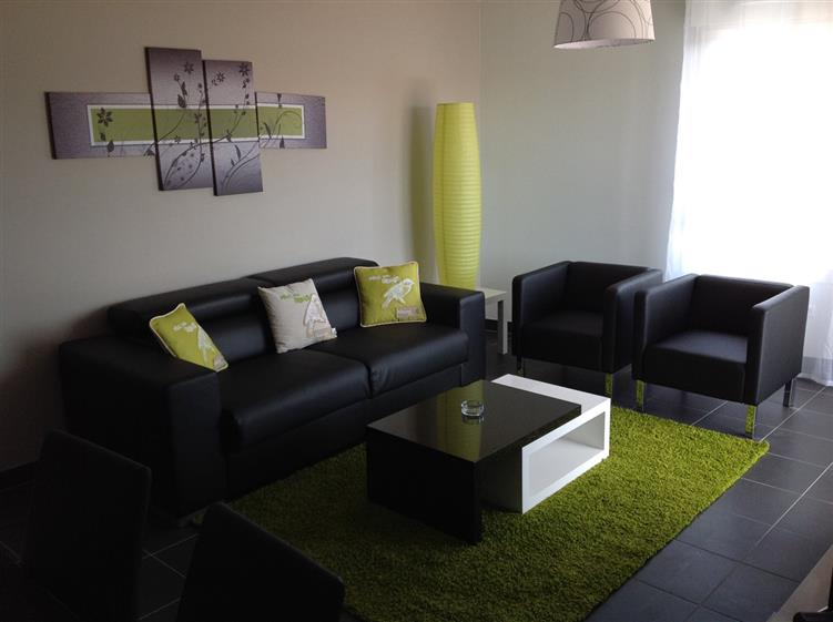 Appartement t3 vert location appartement meubl bordeaux appart hotel nuit e pessac for How much to furnish a 2 bedroom apartment