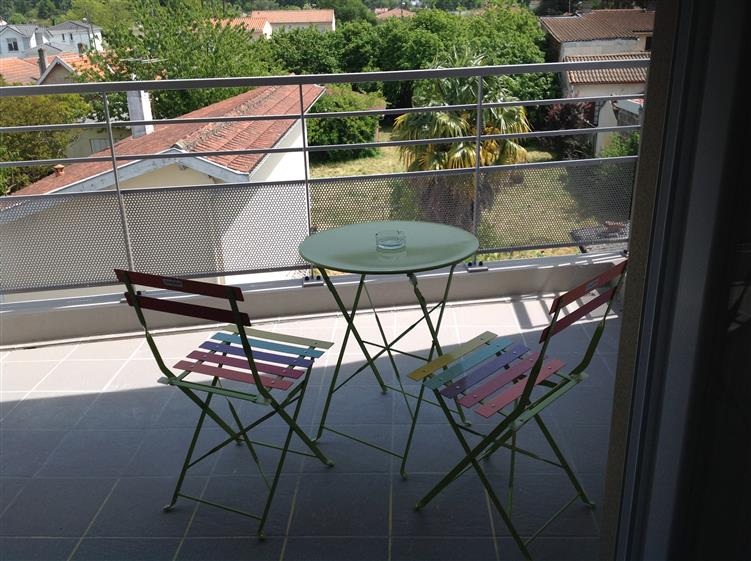 Appartement t2 bleu location appartement meubl - Location studio meuble bordeaux centre ...